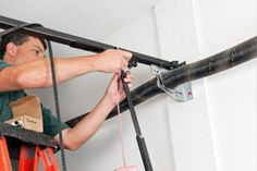5 Good Reasons to Replace Your Garage Door Opener