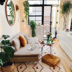 "N O A A H H o m e on Instagram: ""TINY LIVING ROOM? No problem! Have proportionately sized furniture, add some splashes of green and a couple of well placed matching…"" Boho Living Room, Small Living Rooms, Cozy Living, Living Room Decor, Bedroom Decor, Stylish Home Decor, Trendy Home, Diy Home Decor, Furniture For Small Spaces"