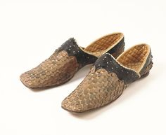 Man's Slippers 1850-1870 The Victoria & Albert Museum - OMG that dress!
