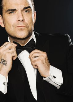 Our Friend, Robbie-Fucking-Williams, Take That Close-ups. Robbie Williams, Take That, Handsome, Portrait, Celebrities, Grande, Swag, Men, Fashion