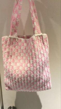 Mode Crochet, Knit Crochet, Crochet Clothes, Diy Clothes, Crochet Crafts, Crochet Projects, My Bags, Purses And Bags, Crochet Designs