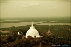 Anuradhapura, Sri Lanka (www.secretlanka.com)