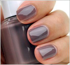 Essie Merino Cool - one of my favorites ... and a great website with reviews!