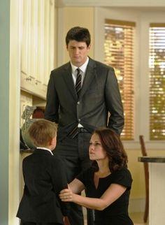 James Lafferty (Nathan Scott) , Jackson Brundage (James Lucas Scott) , & Bethany Joy Lenz (Haley James-Scott) - One Tree Hill