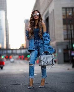 enim x denim day. 💙 // Outfit details linked in my bio. Fashion Blogger Style, Fashion Mode, Cute Fashion, Womens Fashion, Fashion Trends, Teen Fashion, Fashion 2018, Ladies Fashion, Daily Fashion