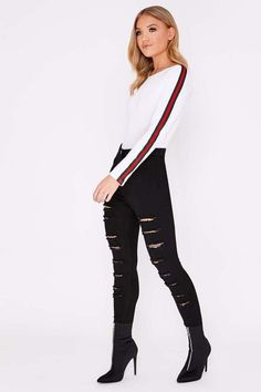 Bodysuits are a wardrobe staple. Shop the latest bodies and leotards in all shapes and colours at In The Style. Latest Fashion For Women, Womens Fashion, Womens Bodysuit, Long Shorts, Leotards, Wardrobe Staples, Black Jeans, Topshop, Black And White