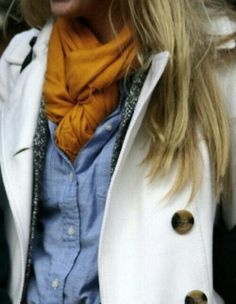 Black buttons w cream / black scarf