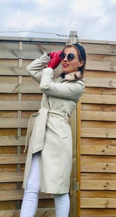 #fashion #gloves #style #photography # Beige Coat, What I Wore, Everyday Fashion, Girl Fashion, Gloves, Gucci, Neckline, Sunglasses, My Style
