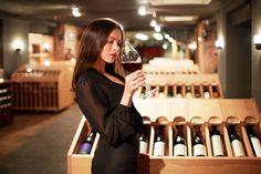 Los vinos de baja graduación dan más placer, según un estudio español https://www.vinetur.com/2015032318680/los-vinos-de-baja-graduacion-dan-mas-placer-segun-un-estudio-espanol.html