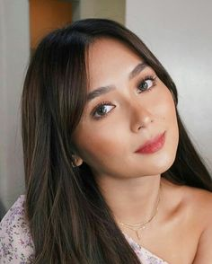 Miss Kathryn 🌟 Filipina Actress, Daniel Padilla, Kathryn Bernardo, How To Style Bangs, Asian Beauty, Asian Girl, Beauty Makeup, Stylists, Hair Cuts