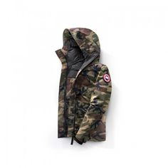 The Rideau Parka is the perfect jacket for those who don't require a fur hood. This hip-length jacket provides cold weather protection while providing a fresh and modern flair. Canada Goose Outlet, Cheap Canada Goose, Canada Goose Jackets, Parka Canada, Camo, Online Outlet Stores, Pjs, Cold Weather, Winter Jackets