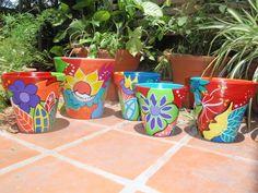 Macetas pintadas Colores de Mexico, $50 en http://ofeliafeliz.com.ar