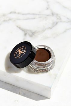 Anastasia Beverly Hills Dip Brow Pomade- Get in shade Dark brown Anastasia Dip Brow, Eyebrow Makeup, Skin Makeup, Beauty Makeup, Anastasia Beverly Hills Dipbrow, Makeup Collection, Makeup Cosmetics, Makeup Products, Beauty Products