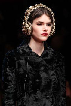 Dolce & Gabbana - Fall 2015 Ready-to-Wear