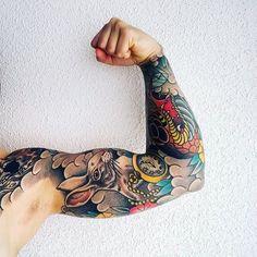 100 animal tattoos for men - cool living creature design ideas Tattoo Sleeve Filler, Full Sleeve Tattoos, Cover Up Tattoos, Japanese Tattoo Art, Japanese Tattoo Designs, Japanese Sleeve Tattoos, Traditional Tattoo Inspiration, Neo Traditional Tattoo, Animal Tattoos For Men