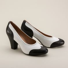 Peggy 1940s Spectator Pumps in Black/White have 1940s style in spades. Designed directly from original vintage shoes, the black and white Peggy wingtips are made of top quality leather with a non-slip rubber sole, arch support, and a 3