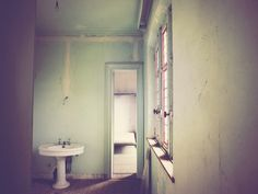 I came in through the bathroom window | Flickr - Photo Sharing!