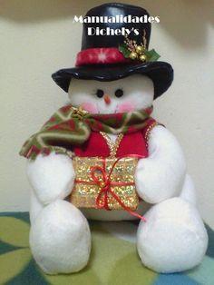 ideas-para-decoracion-con-monos-de-nieve-de-fieltro (14)