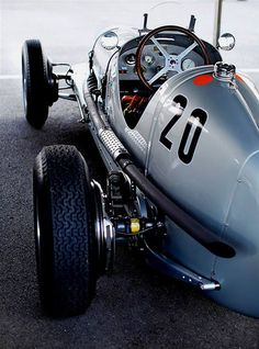 The art and style of speed More eye candy weekly at the Automo Weekly: http://weekly.getautomo.com