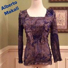 Alberto Makali. Beautiful Top Simply beautiful top in Excellent condition by designer Alberto Makali.  Blues and grays Alberto Makali Tops