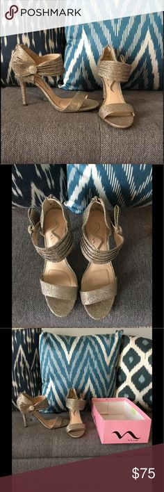 🌼Nina metallic heeled sandals with bow size 7 NEW 🌼New Nina metallic heeled sandals with bow size 7 Nina Shoes Heels
