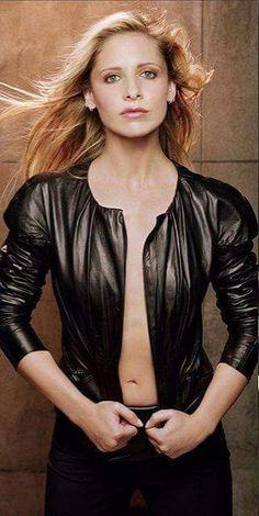 Sarah Michelle Gellar Hot, Hollywood Actresses, Actors & Actresses, Anna Faris, Buffy Summers, Star Wars, Metal Girl, Alyson Hannigan, Christina Hendricks