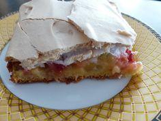 Verboten gut ⚠: Erdbeer ~ Rhabarberkuchen mit Baiser vom Blech