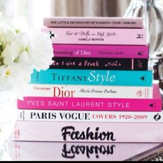 Yves Saint Laurent and Dior On a Coffee table would Love That idea♡ Reading Lists, Book Lists, Reading Time, Reading Nook, Vogue Covers, Vogue Paris, Ysl Paris, Love Book, Vignettes