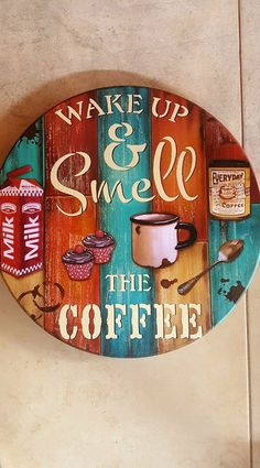 rotating tray rotating tray painting Related Post Traditional Kitchen log cabin Design Ideas, Pictur. You got a hobby that you like, or want to explore . Arte Pallet, Pallet Art, Tole Painting, Painting On Wood, Wood Crafts, Diy And Crafts, Log Cabin Designs, Decoupage Vintage, Coffee Signs