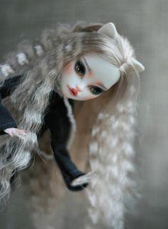 OOAK MONSTER HIGH Catrine DeMew repaint reroot custom doll by LadyVerrin