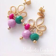 """Our handmade earrings """"Cayetana"""", Gold plated and Faceted crystal beads/ Nuestros pendientes Cayetana, con baño de oro y cuentas de cristal facetado.."""