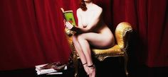 Naked Girls Reading class proves a hit in UK Reading Art, Woman Reading, Curvy Pin Up, Books To Read For Women, Book Review Blogs, Video Channel, Weird Stories, Book Girl, Film Director