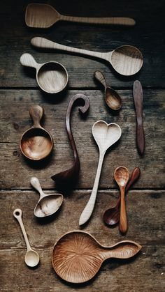 Old World Kitchen - Wooden Dreamware - Old World Kitchen offers the finest selection of kitchen utensils in the world. Ranging from their B - Wooden Spoon Carving, Carved Spoons, Wood Spoon, Carving Wood, Whittling Projects, Wood Projects, Wood Carving For Beginners, Old World Kitchens, Wood Carving Designs