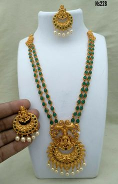 Order what's app 7995736811 Kerala Jewellery, Indian Jewelry, Emerald Jewelry, Beaded Jewelry, Gold Jewelry, Gold Earrings, Gold Fashion, Fashion Jewelry, Jewelry For Her
