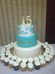 1000+ images about Sweet 16/ Quinceanera Cakes on Pinterest ...