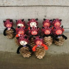 Monsters, Activities For Kids, Christmas Wreaths, Halloween, Holiday Decor, Nature, Table, Xmas, Fall