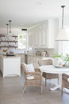99 Amazing White Kitchen Cabinets Decor Ideas For Farmhouse Style Design 24 Kitchen Cabinets Decor, Kitchen Cabinet Design, Home Decor Kitchen, Kitchen Flooring, Interior Design Kitchen, Home Kitchens, Kitchen Ideas, Kitchen Tile, Kitchen Counters