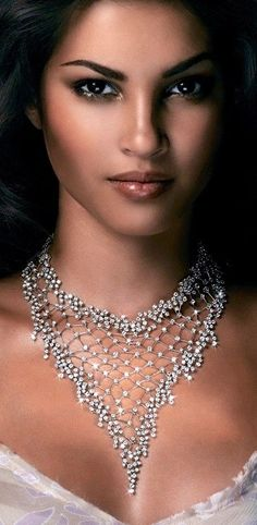 Rosendorff 'Indulgence Collection' Brilliant Diamond Necklace - Turn around your jewelry buying experience! Read how at http://jewelrytipsnow.com/these-tips-can-turn-your-jewelry-experience-around/