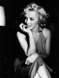 black and white. marilyn monroe