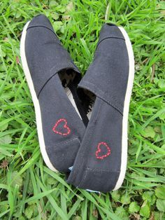 Toms Outlet!  $19.95 OMG!! Holy cow, I purchased the Toms slate classic last summer. They are very comfortable!