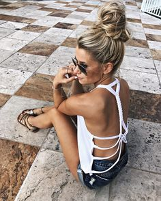 Perfect Summer Look – Latest Casual Fashion Arrivals. The Best of summer fashion in - Luxe Casual Style, Latest Fashion Trends - Luxe Fashion New Trends Fashion Mode, Look Fashion, Fashion Beauty, Womens Fashion, Fashion Trends, 2000s Fashion, Petite Fashion, Korean Fashion, Girl Fashion