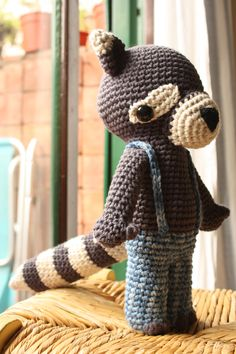 Ludovico the raccoon, design, los sospechosos (crocheted by one of my students)