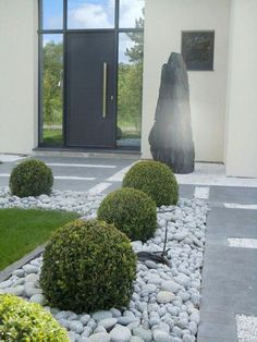 Front Yard Landscaping Plans, Cheap Landscaping Ideas, Modern Landscaping, Backyard Landscaping, Landscaping Design, Backyard Ideas, Boxwood Landscaping, Farmhouse Landscaping, Backyard Designs