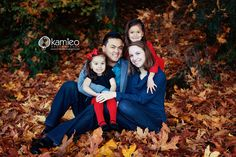 Family of 4 @Stephanie Dumer  - we could try for this pose...