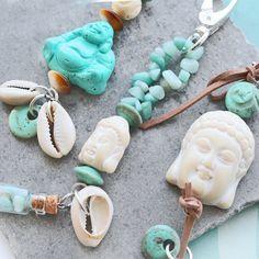 Neue Serie Schmuck Zubehör in allerlei schönen Formen und Grössen! Sie sind auf der Suche nach übergrossen Perlen? Oder Perlen mit exentrischem Look? Dann ist diese Serie mit Limited Perlen und Anhängern echt etwas für Sie! Seien Sie kreativ mit dieser neuen Serie Perlen und Anhänger und erhalten so die schönsten Schmuck Kreationen!
