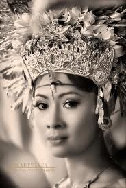 www.villabuddha.com Bali. Dancer