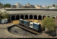 RailPictures.Net Photo: 9204 OSE Hellenic Railways ALSTHOM, CC-AD 1600 A1 at Piraeus , Greece by ARTEMIS KLONOS Greek History, Train Stations, Train Engines, Round House, Artemis, Public Transport, Locomotive, Austria, Trains