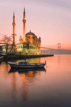 If you wanna little break from the hustle and bustle of Istanbul, take a journey to the picturesque area of Ortakoy. World-renowned for its beautiful Mosque, it's one of the best things to do in Istanbul if you want to catch a good sunset. Travel Tours, Japan Travel, Thailand Travel, Budget Travel, Turkey Vacation, Turkey Travel, Turkey Europe, Beautiful Mosques, Beautiful Places