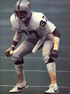 Lester Hayes - Oakland Raiders....Look at all of that Stickum  Before steroids....any way to gain advantage