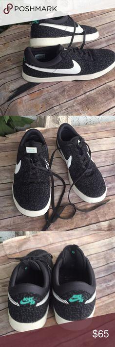 Nike SB Eric Koston Signature Model size 13 Like new size 13 black Nike Shoes Athletic Shoes
